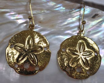 gold sand dollar earrings, sand dollar earrings, gold sand dollar earrings, surf and sea beach wedding earrings, beachcomber gift earrings