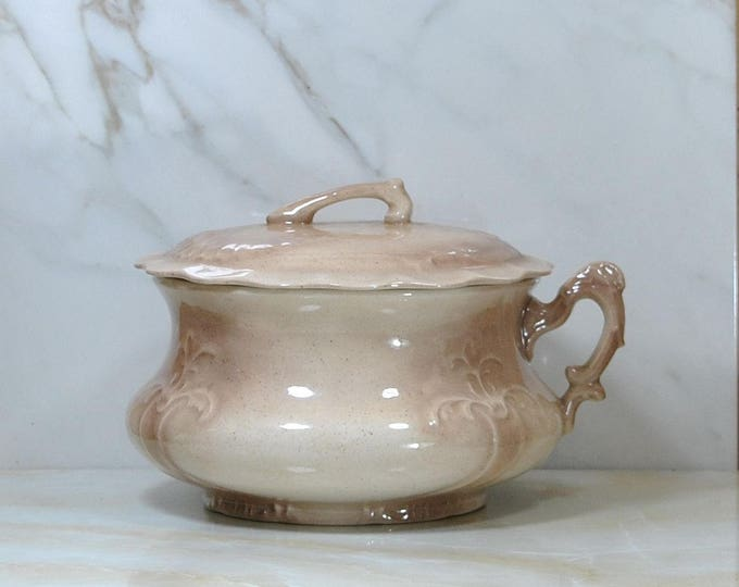 Vintage Chamber Pot, Ceramic Victorian Style With Lid, 1983