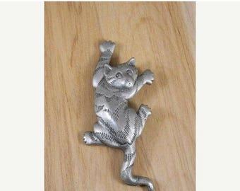 ETSYCIJ Vintage JJ Designer Cat Brooch / Silvertone Sneaky Cat Vintage Pin / 1988 House Cat Animal Brooch / Cat Lover Pin