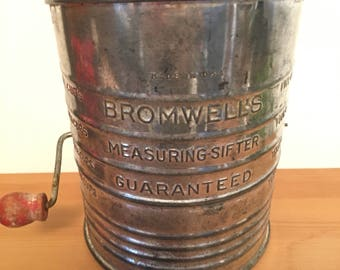 Vintage Bromwell's Measuring Sifter 5 Cups Flour Sifter Wood Handle Made in U.S.A.
