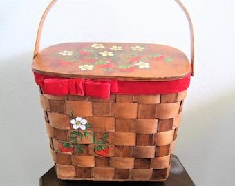 Woven Wood Purse - Basket Purse - Hand Painted Strawberries - Boho Collectible - 60's Handbag