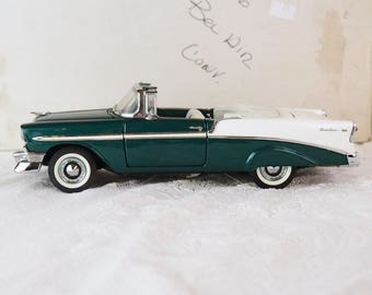 Franklin Mint Diecast Model 1956 Chevrolet Bel Air Convertible Car -Original Box- Green, White- Like New!- 1:24 Scale Model-Opening parts-