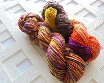 Sock Yarn, EARTHEN VESSEL, Merino Weaving Yarn, Merino Yarn, Gift for Knitters, Crochet Yarn, Sock Yarn Skein, Superwash Merino Yarn, Indie
