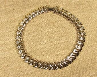 Napier Chunky Choker - Vintage Zig Zag Metal Necklace