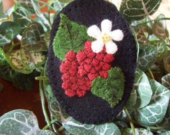 Raspberries Brooch Felt Pin