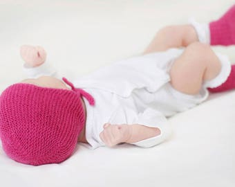 Baby gift set, hat and booties, knit baby hat, alpaca baby bonnet