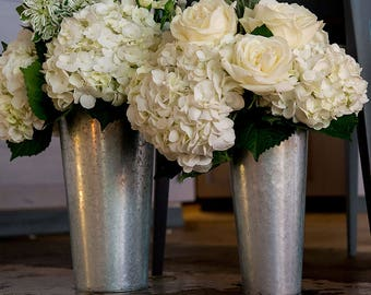 Wedding Vases, Tin Market bucket,  Floral Containers, Galvanized Flower Market Bucket With Handle, Party Buckets, Aisle Way Decor
