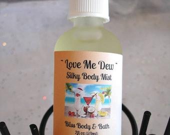Body Mist LOVE ME DEW Silky Body Spray - Fresh Summer Blend - Fruity Melons - Tropical Pineapple Coconut - Conditioning Spray - Handmade