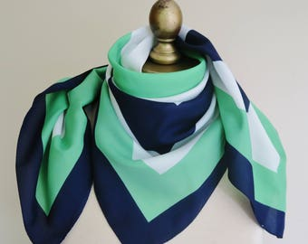 1960s geometric scarf, blue green scarf. retro scarf, square scarf, mod scarf, 60s hair wrap, headscarf vintage , 60s fashion