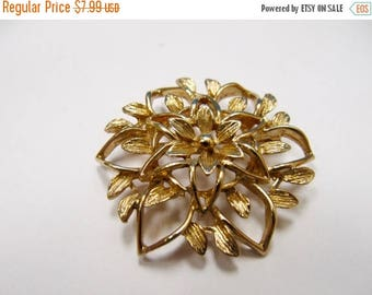 ON SALE SARAH Coventry Gold Tone Floral Pin Item K # 2665
