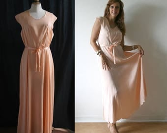 Vintage 1930's Long nightdress, powder color, liquid silk satin, embroidery.