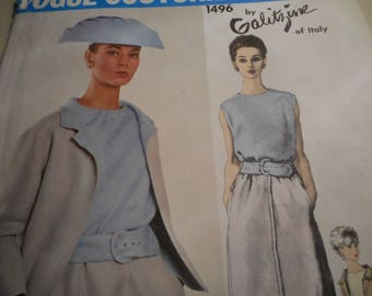 Vintage 1960's Vogue 1496 Couturier Design Galitzine of Italy Suit and Blouse Sewing Pattern Size 12 Bust 32