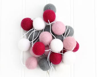 Pom Pom Garland, Felt Ball Garland, Nursery Decor, Girls Room Garland, Nursery Decor, Felt Ball Bunting, Valentines Day Garland, Felt Balls
