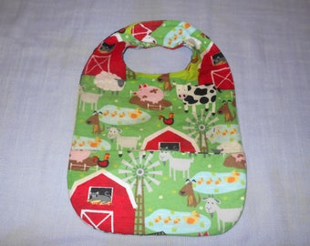 Farmyard SMALL REVERSIBLE BIB with Pocket.