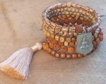Pearl bracelet - ethnic style - boho - hippie - gypsy - gypset - bohemian - ethnic - Ibiza - gold - turquoise - gypsy style.