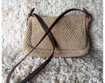 Beautiful Liz Claiborne Vintage Woven Crossbody Purse Bag Leather Strap