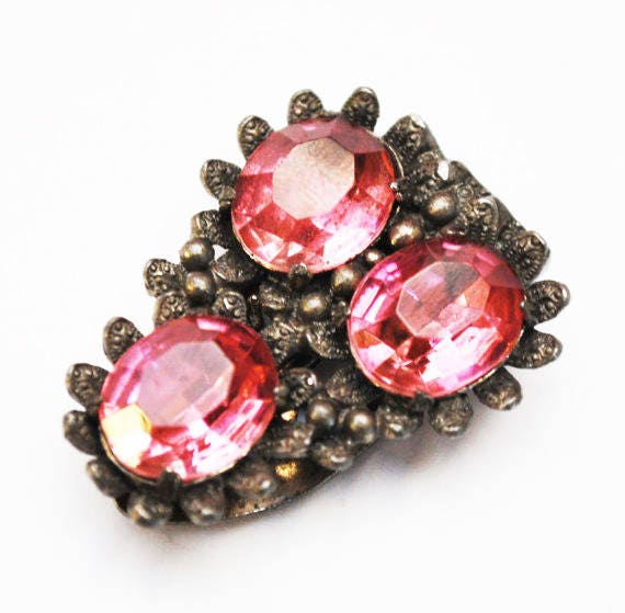 Pink dress Clip - Pink  Rhinestone - Floral Flower silver pot metal -Art Deco -vintage fur clip