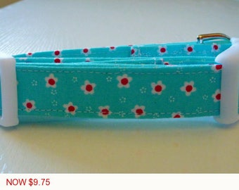"Sale - 50% Off - Turquoise Dog Collar - Turquoise and Tiny Red Flowers - ""Sweet Posie"" - Free Colored Buckles"