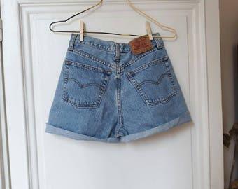 Vintage levis 501 denim shorts