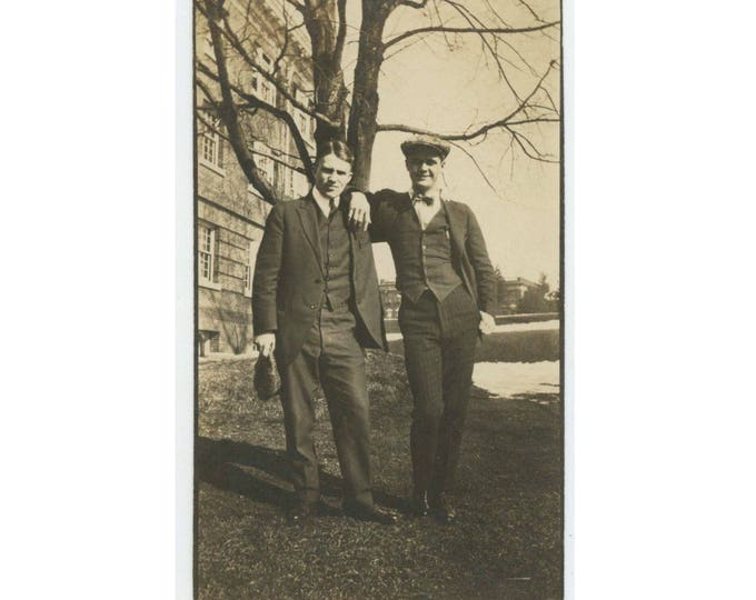 "Vintage Photo Snapshot: ""Harold and boyfriend"" c1920s (76589)"