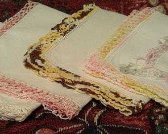 Lot 6 vintage hankies with crocheted / tatted edgings