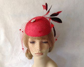Red Kentucky Derby Fascinator Hat with Birdcage Dotted Veil, Melbourne Cup Hat, Derby Hats for Women, Spring Racing Hat, Ascot, Belmont