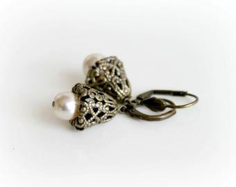 Creamy Pearl Earrings. Antique Dangle Earrings. Handmade Earrings. Handcrafted Jewelry. Wedding Jewelry. Bridal Jewelry
