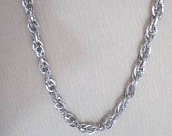 Vintage Silver Sarah Coventry Oval Chain Link Necklace with O Closure, Gift For Her, Silver Designer Necklace, 1960's