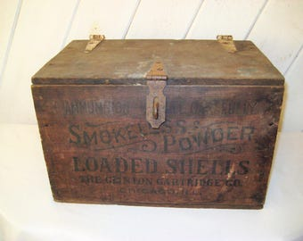 Antique ammunition box, gun powder box, rustic distressed, vintage advertising, hinged lid, vintage latch, ammo box, crate, made in USA