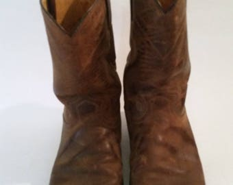Vintage Cowboy Boots 1980's Men's Pull On  Boots Brown Leather Made by Justin Co. Size 11 1/2 D made in Mexico Urban Hipster Boots