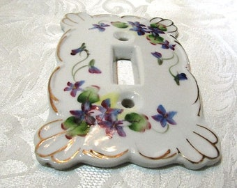 LUCKY SALE - Kelvin China Single Switch Plate Cover, Vintage Item, Purple Wild Violets, Made in Japan, Shabby Chic, Home Decor