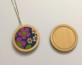 2 Plain mini embroidery hoop blank pendant
