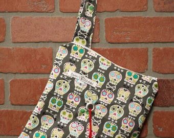 Knitting Bag, Crochet, Knit, Yarn, Wool, Sugar Skulls, Yarn Storage, Yarn Bag with Hole, Grommet, Handle, SYB129