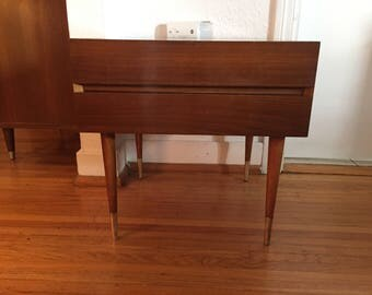 Edmund Spence Made in Sweden Mid Century Modern Nightstand Eames