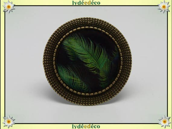 Round ring retro vintage black green feather in resin and brass bronze adjustable 20mm diameter