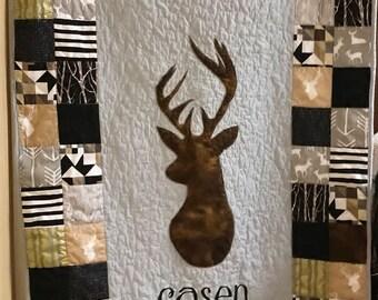 Personalized quilt, Deer quilt, Baby boy quilt, Deer blanket, Baby boy blanket, Homemade quilt for sale, Woodland bedding, Boy crib bedding