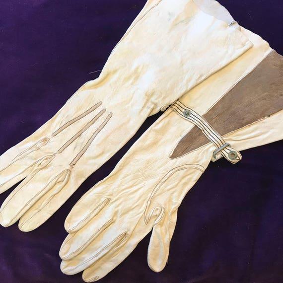 1920s gloves white leather gauntlet gloves l brown gaudet pleat design cream 20s gauntlet x small 1930s motorcycle gloves