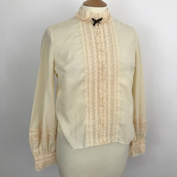 Vintage mod blouse crepe chiffon cream shirt Mod Victoriana high neck top frilly lace trim back button fastening UK 14 Steampunk