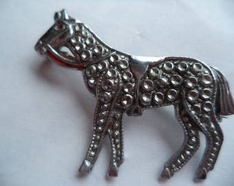 Vintage Unsigned Lightweight Silvertone Faux Marcasite Horse Brooch/Pin