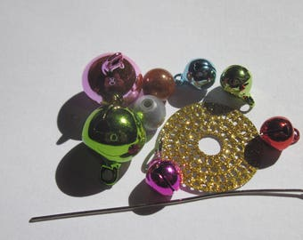 set of beads and accessories for decoration of (8)