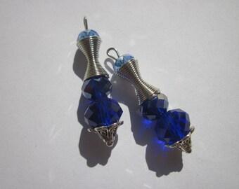 2 glass bead and 3.5 cm (B66) metal charms