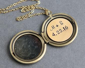 Personalized Locket Necklace, Wedding Locket, Custom Locket Necklace, Personalized Jewelry, Anniversary Gift, Initial Locket, Gold Locket