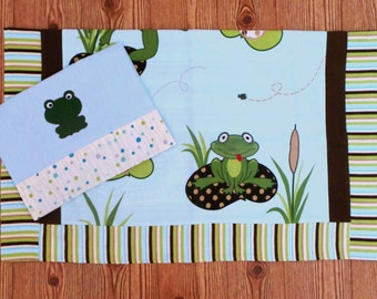Baby Blanket and Burp Cloth Set/Frog Blanket and Burp Cloth Set