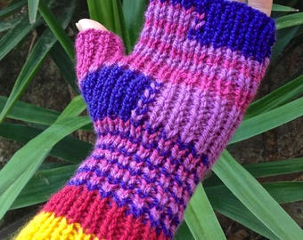 21 mittens dominant purple raspberry acrylic yarn