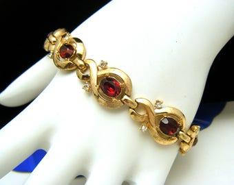 Vintage Crown Trifari Pat Pend Red Rhinestone Bracelet Gold Tone