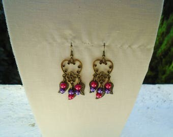 Earrings prints, leaves and pearl beads.