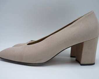 YVES SAINT LAURENT 90's Light Taupe Heels