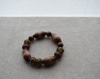 "Bracelet ""Zimba"" wood beads and Czech glass, brass findings"