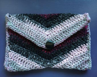 Crochet clutch//  iPad mini/ Kindle case