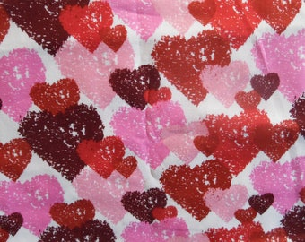 Graffiti Hearts Fitted Crib/Toddler Sheet